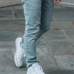 911M regular fit jeans